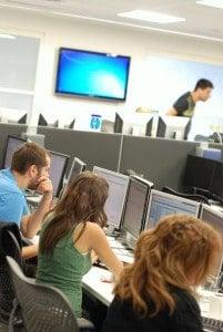 IT-Sicherheitsunternehmen wie RSA durchforsten die Niederungen des Internets Bild: Uli Ries / AFCC