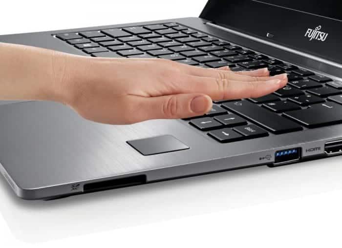 Handvenenerkennung gilt als hochsicheres Verfahren. Fujitsu kombiniert es (auch für SAP-Anwendungen) mit bioLock der realtime AG. Bild: Fujitsu