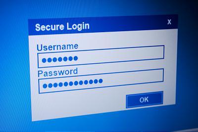 Verschlüsselte Passworteingabe hilft nichts, wenn ein Keylogger die Tastenanschläge protokolliert und an kriminelle weiterleitet. Bild: cherrycreek/bigstockphoto.com