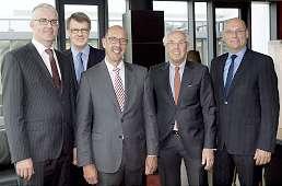 Geschäftsführung: Gisbert Beckmann, Jürgen Nöther, Daniel Keller, Frank Wienker, Patrick Yousefian . Quelle: VR FinanzDienstLeistung