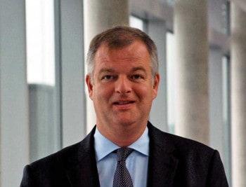 Roland Oppermann rückt in den Vorstand auf und übernimmt ab Februar die Leitung des  Ressort FinanzenSV SparkassenVersicherung