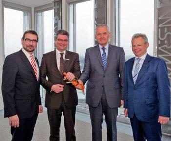 V.l.n.r: Sven Ambrosy, Jörg Bensberg - neuer Vorsitzender des LzO-Verwaltungsrates, Hans Eveslage und Gerhard FiandLzO