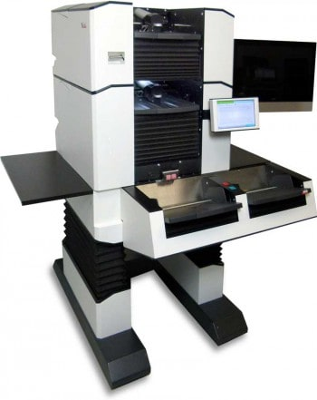 300 Blatt pro Minute - 600 Images: den SCAMAX 8x1 soltle man auf der CeBIT bei der arbeit gesehen habenInoTec