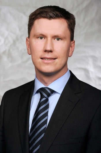 Prof. Dr. Nils Urbach