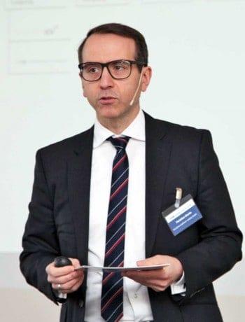 Die Konferenz leitete Christian Dierks von den Versicherungsforen LeipzigVersicherungsforen Leipzig