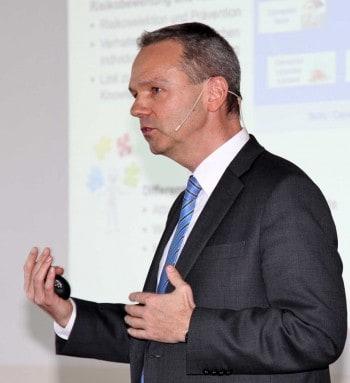 Dr. René Mueller, Axa-WinterthurVersicherungsforen Leipzig