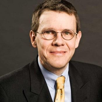 Dr. Hansjörg Leichsenring ist Interims-Manager, Berater, Sprecher und einer der Top10-Blogger in der BankenszenePrivat