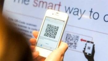 Banking Impressionen Wincor World 2014: Am Smart-ATM per Mobiltelefon Bargeld abhebenWincor Nixdorf
