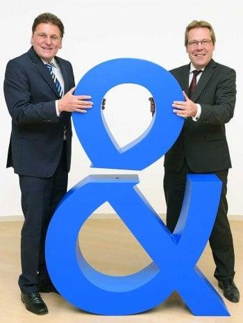 Die Fusion ist am Wachsen: Claus-Dieter Toben (links im Bild) und Klaus-Peter Bruns  setzen das neue Unternehmen zusammen.Fiducia & GAD IT