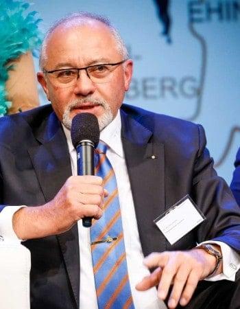 Raiffeisen Bank Ehingen-Hochsträß eG, Vorstand Fritz Lehmann – Sieger in der Kategorie Newcomer of the Year emotion banking