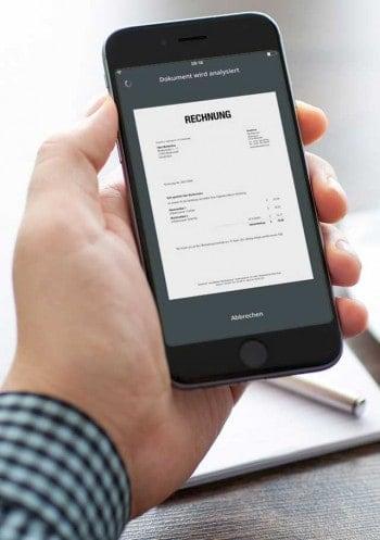 smartPay-AppMontage: comdirect & Denys Prykhodov/bigstock.com