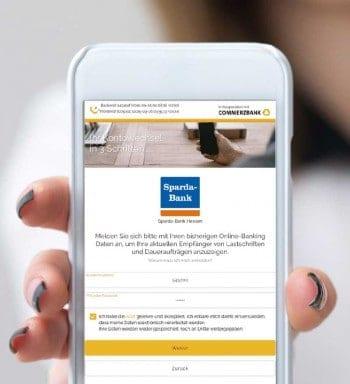 Der Commerzbank-Screenshot aus dem App-Store gönnt sich einen kleinen Seitenhieb unter Kollegen ;-)Dean Drobot/bigstock.com