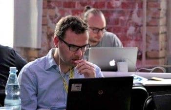 Coding Endspurt beim zweiten Bankathon 2015gini