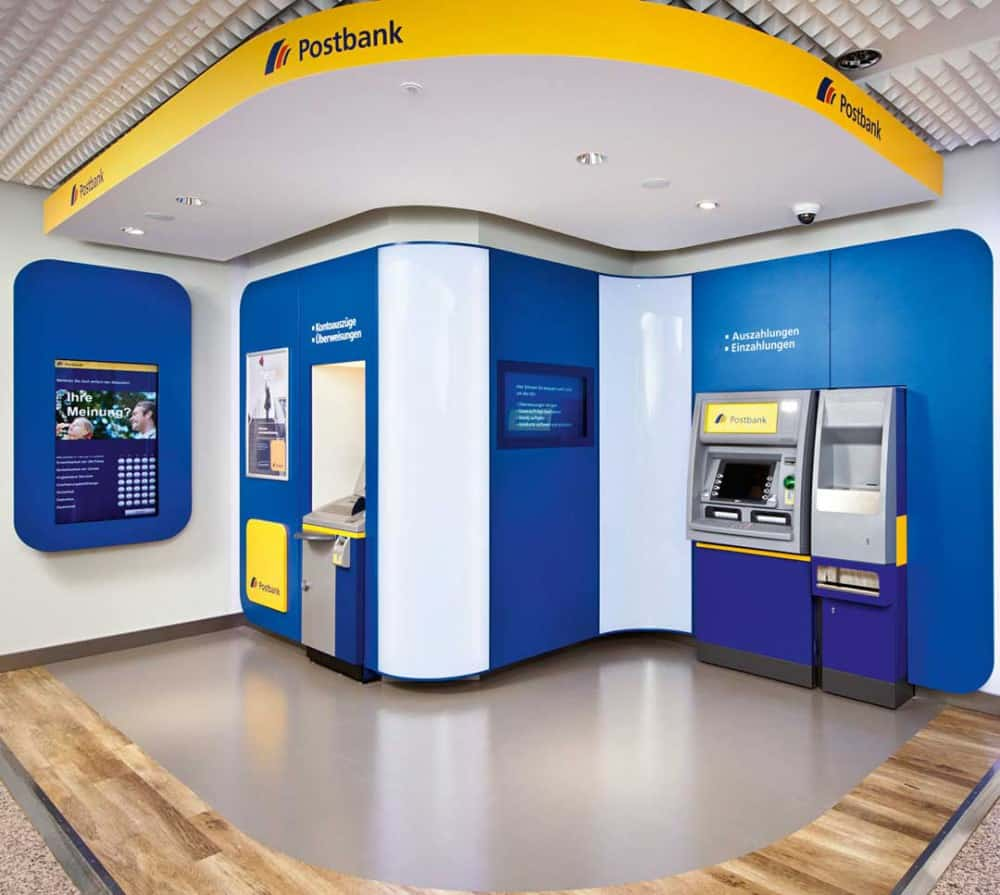 Die neuen SB-Bereiche der Psotbank (hier die Musterfiliale der Postbank-Zentrale).Postbank