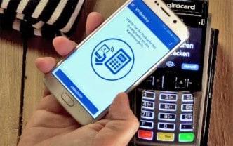 Bezahlen geht auch ohne Wallet - z. B. direkt aus der BVR-App.STRATOS International Consulting