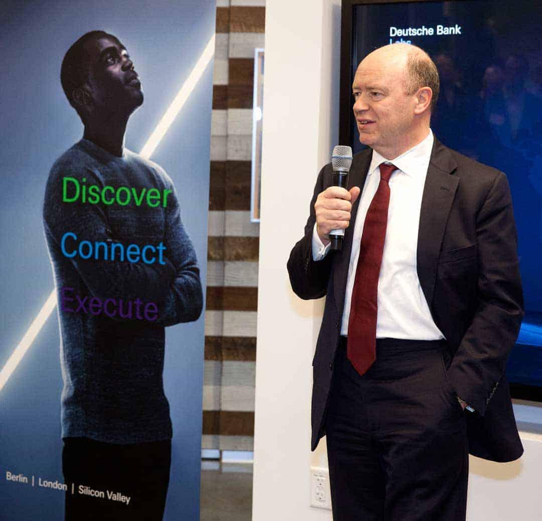 Postbank-Chef zieht in Vorstand der Deutschen Bank ein