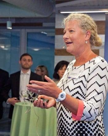 Kim Hammonds wurde als COO ab 1. August in den Vorstand der Deutschen Bank berufen.Deutsche Bank