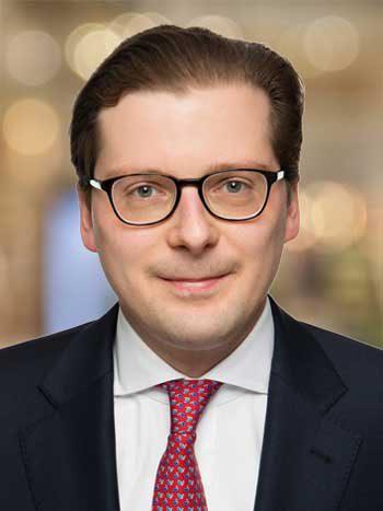Dr. Christian Conreder, Rechtsanwalt, ist Manager bei der KPMG Rechtsanwaltsgesellschaft mbH am Standort Hamburg und Mitglied der Praxisgruppe Financial ServicesKPMG
