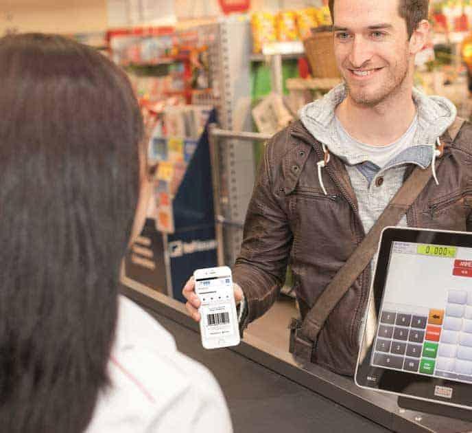 In Zukunft sollen DKB-Kunden per Banking-App im Supermarkt Geld abheben können. SB-Geräte werden damit überflüssig.barzahlen.de