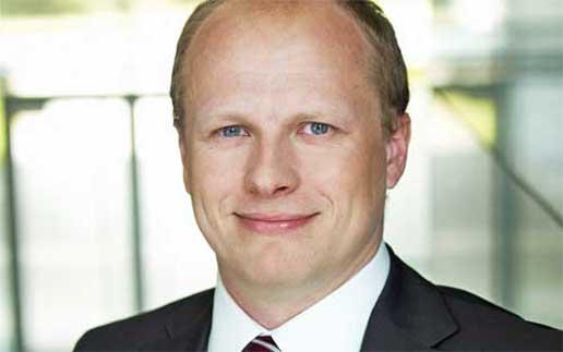 Dr-Fundinger-Danny_Fundinger-IBM-mobile-payment-516