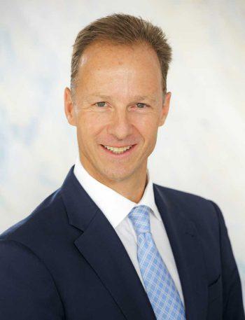 ]Patrick Molck-Ude leitet seit 2015 die Telecommunications (TC) Division von T-Systems und ist Mitglied der Geschäftsführung der Telekom-TochterT-Systems
