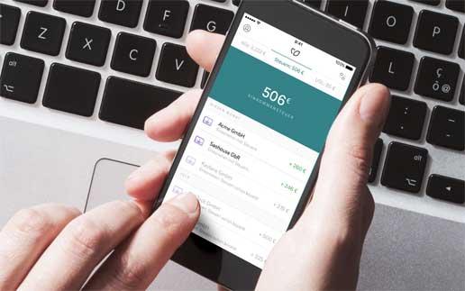 stokkete bigstock Einkommensteuer-per-App-Kontist-solarisBank-figo-516