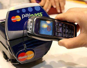 Nokia konnte das mit dem NFC-Mobile Payment per 3220 schon vor bald einem JahrzentMasterCard