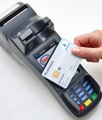 In Kürze kann man bis 50 € ohne PIN-Eingabe bezahlen.