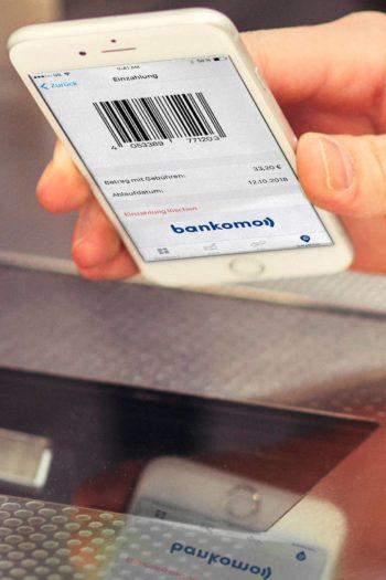Geld abheben im Supermarkt per Bankomo und Barzahlen
