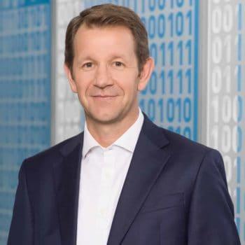 Frank Hüppelshäuser, AXA