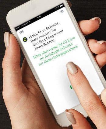 Die Google Assistant-Überweisung muss am Smartphone freigegeben werden.