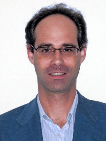 Spezialist für tiefe neuronale Netze und deren Anwendung in der risikorelevanten Sekundärinformation