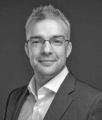 Will IT die Chance geben Banken zu modernisieren: Karsten Flott, SE Manager CER AppDynamics<q>AppDynamics