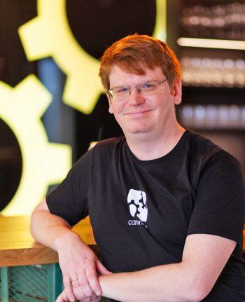 Jakob Freund, CEO Camunda Services - rät Banken selber Software zu Entwickeln