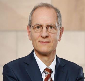 BaFin äußert Sorge wegen PSD2-APIs der Kreditinstitute - die Einordnung durch Dr. Peter Schad, Rechtsanwalt bei derKPMG Law Rechtsanwaltsgesellschaft