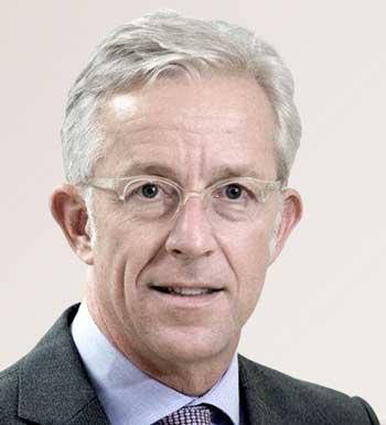 Karl von Rohr, stellvertretender Vorstandsvorsitzender der Deutschen Bank und verantwortlich für das Privatkundengeschäft