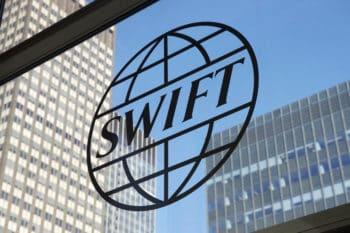 Die Society for Worldwide Interbank Financial Telecommunication (SWIFT) engagiert sich in der Entwicklung branchenweiter Standards. <q>SWIFT/Garrett Ewald