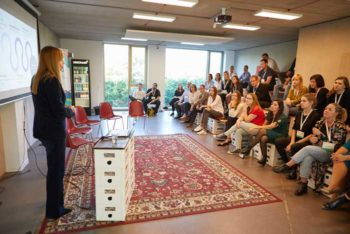 FinTech Week: Intensiv-Kommunikation, weil viele kleine spezialisierte Konferenzen parallel laufen.