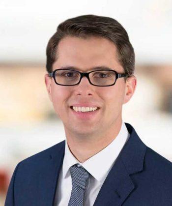 Dr. Jens Engelhardt, Bain-Partner