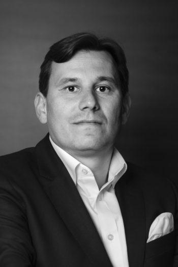 Tobias Schweiger Hawk AI