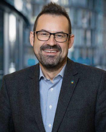 """""""Versicherer, vernetzt Euch mit dem Kunden"""" sagt Dr. Matthias Quaisser, Business Development Lead Versicherungsbranche, Timetoact"""