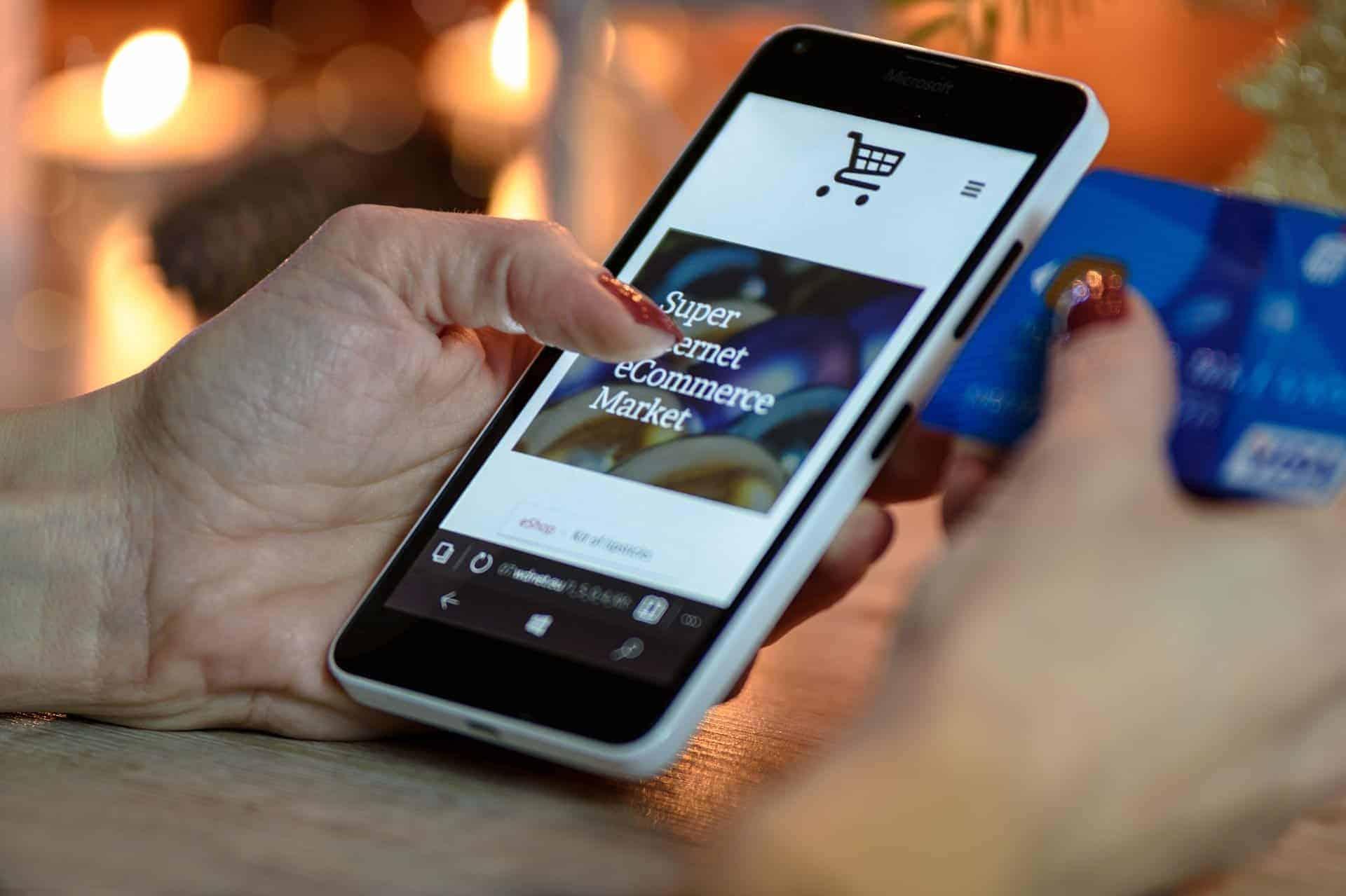 Check-Out: Wenn es beim Bezahlvorgang hakt, schaut der Shopbetreiber in die Röhre. <q>Pixabay/PhotoMIX-Company