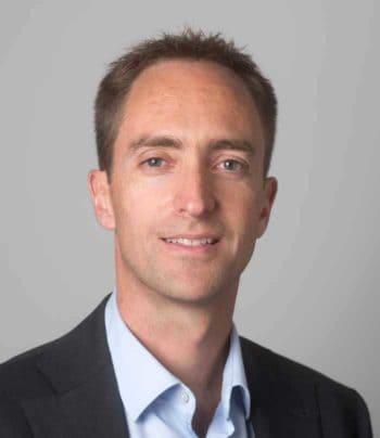 Angriff der Bots: Die Botnetz-Armee ist auf dem Vormarsch auf FinTechs und InsurTechs: Dr. Stephen Topliss warnt junge Unternehmen
