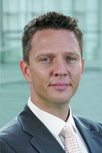 Dr. Marcus Schröter, Geschäftsbereichsleiter End-2-End Workplace, Finanz Informatik erklärt, wie Office_neo die Kommunikation verändern wird.