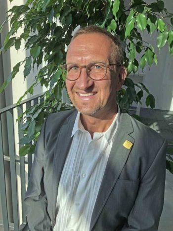 Frank Holzenthal empfiehlt per ML & KI gegen AML-Betrugsversuche vorzugehen