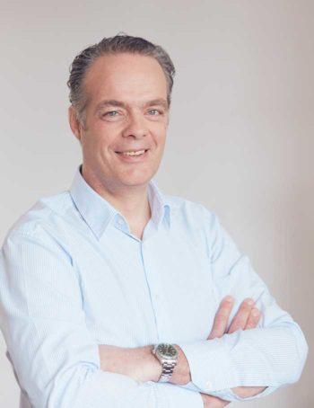 Jan Webering ist CEO vonAvenga ist überzeut: Ohne bessere Customer Experience geht es nicht!