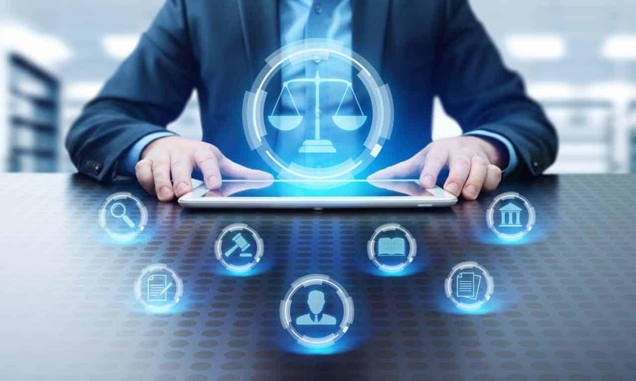 Rechtsberatung per Messenger ermöglicht die Zurich-Versicherung ihren Rechtschutzversicherungskunden. <q>Zurich