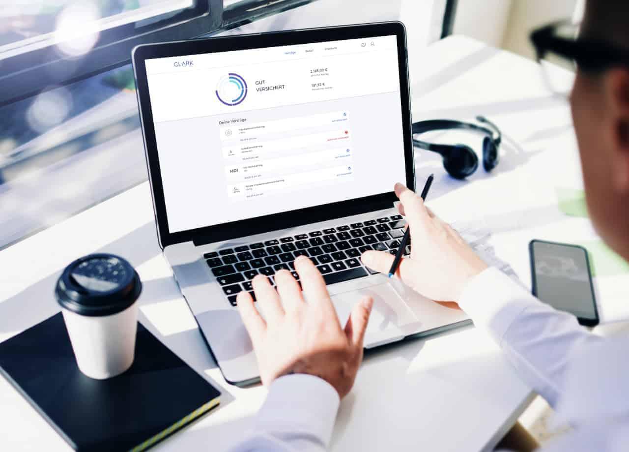 Verträge online abschließen und managen ei Bedarf Experten per Chat oder Telefon erreichen – das bietet Clark nun auch in Österreich. <q>Clark