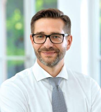 Christian Töfflinger, Partner der microfin Unternehmensberatung spricht sich für Kostenoptimierung aus