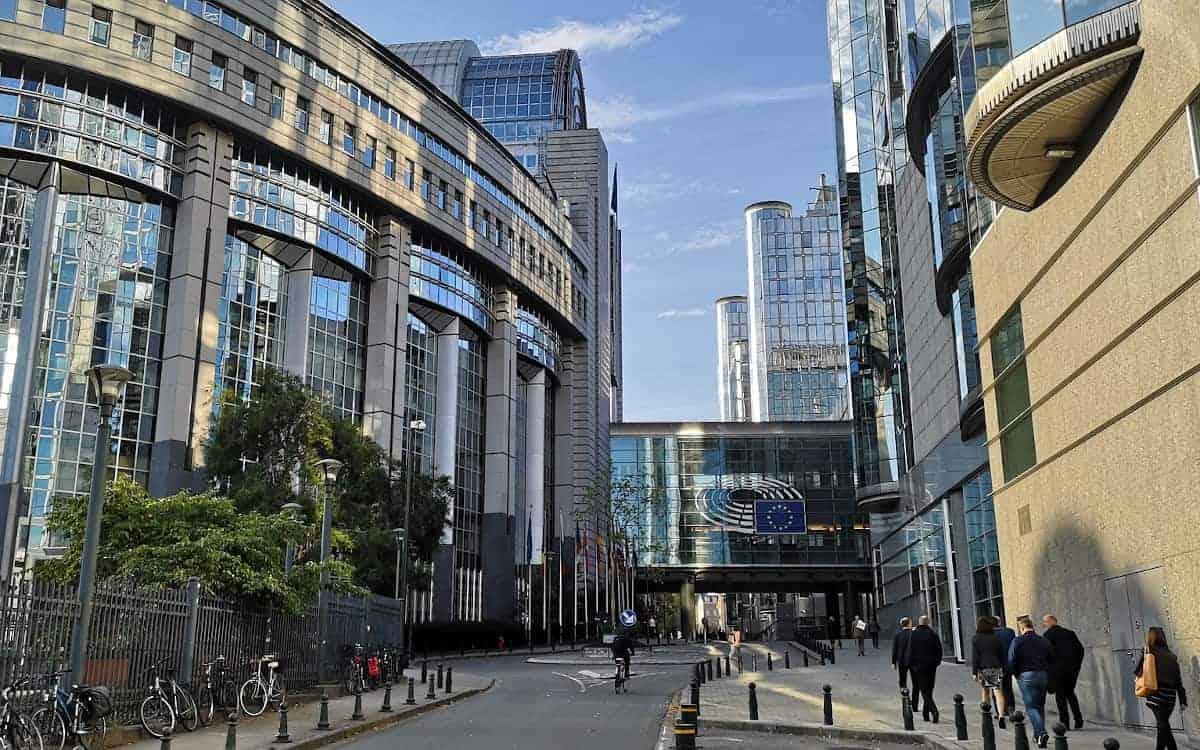 Der neugegründete Verband wird in Brüssel angesiedelt, in Reichweite des Europäisches Parlaments und der Europäischen Kommission. <q>NorbertOriskó / Pixabay